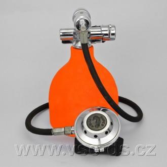 Potápěčská automatika Aqua Super 69B.