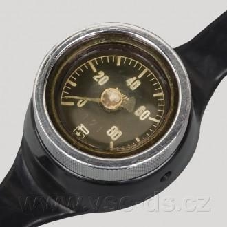 Hloubkoměr Pirelli od firmy Wilkie (Wilhelm Kiezler), Německo.